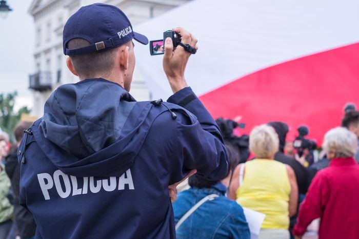 Policja Bydgoszcz: Prośba o pomoc w ustaleniu tożsamości mężczyzny